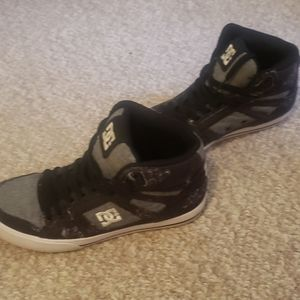 Womens DC Hightops